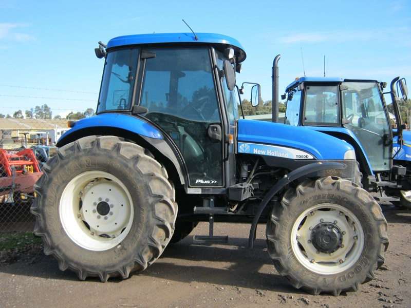 new holland td80d tractor 510129 002