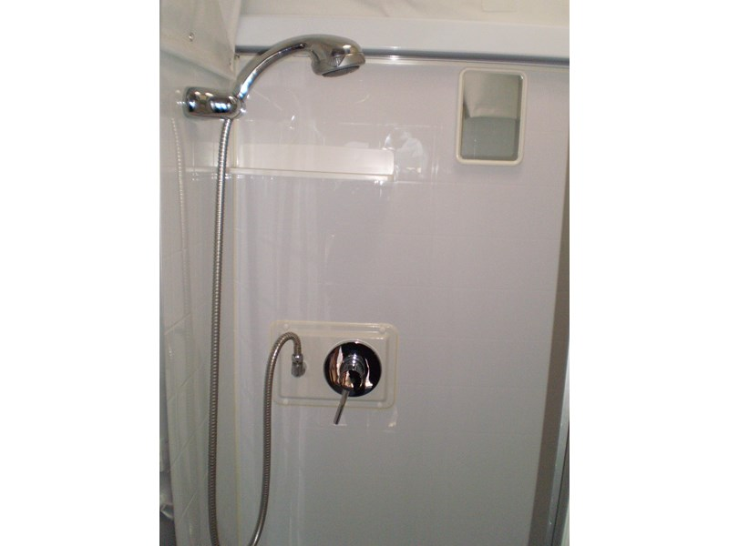 jayco sterling  shower/toilet 511062 013