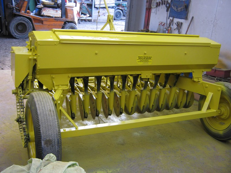 connor shea 14 row disc super seeder trailing 513327 003
