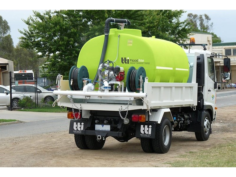 "transtank floodrite 13,000l low profile slip-on with yanmar 3"" diesel 416053 011"