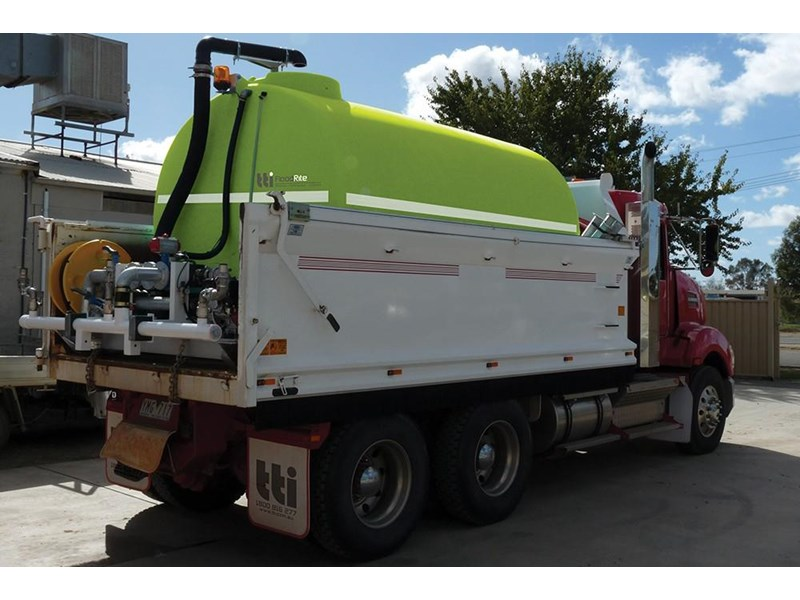 "transtank floodrite 13,000l low profile slip-on with yanmar 3"" diesel 416053 012"
