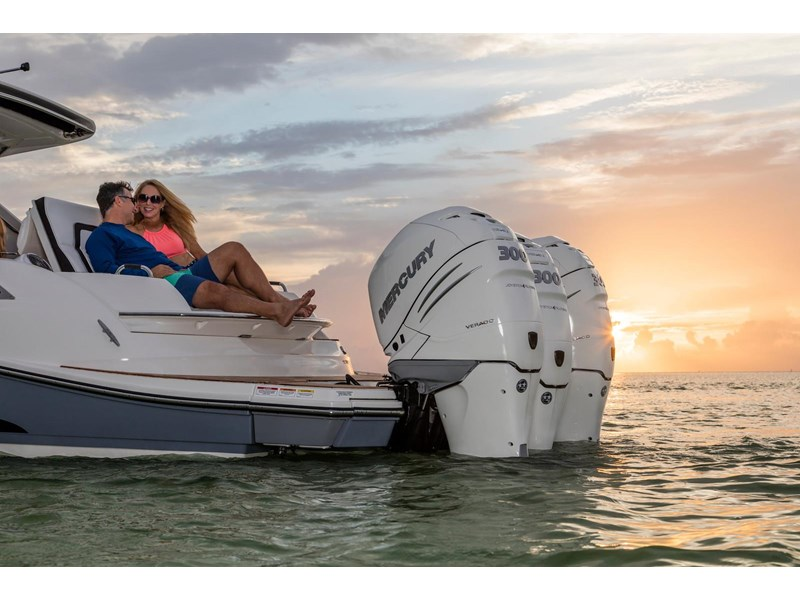 sea ray slx 350 outboard 434374 041