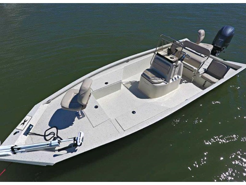 xpress boats h22b centre console fishing boat 516910 007