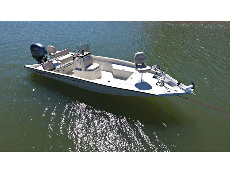 xpress boats h22b centre console fishing boat 516910 006