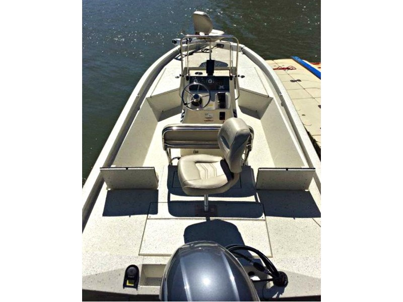 xpress boats h22b centre console fishing boat 516910 010