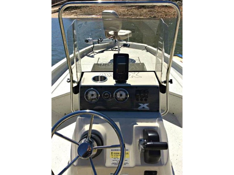 xpress boats h22b centre console fishing boat 516910 016