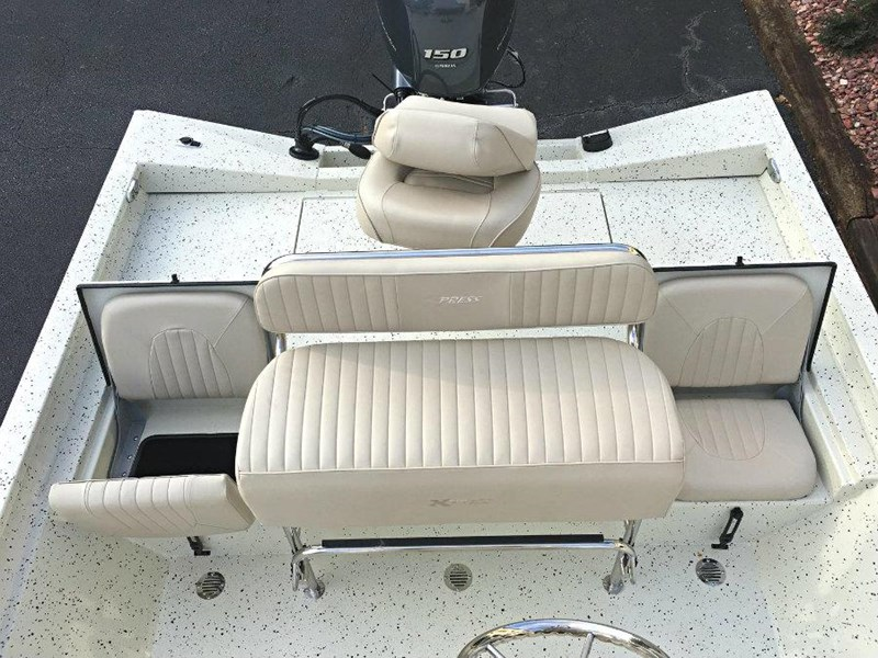 xpress boats h22b centre console fishing boat 516910 019