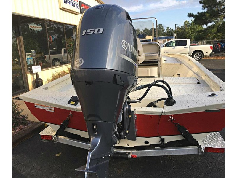 xpress boats h22b centre console fishing boat 516910 002