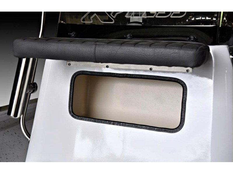 xpress boats h22b centre console fishing boat 516910 028