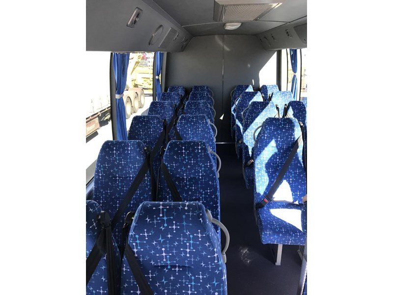 yutong 2018 22 seat mini coach 494759 012