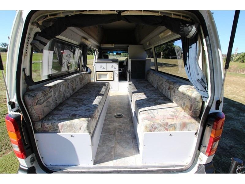 toyota hiace twin bed sunliner automatic 518617 011