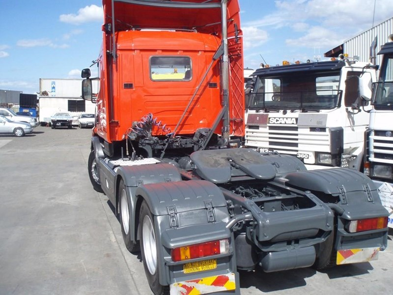 scania t124g 189133 025