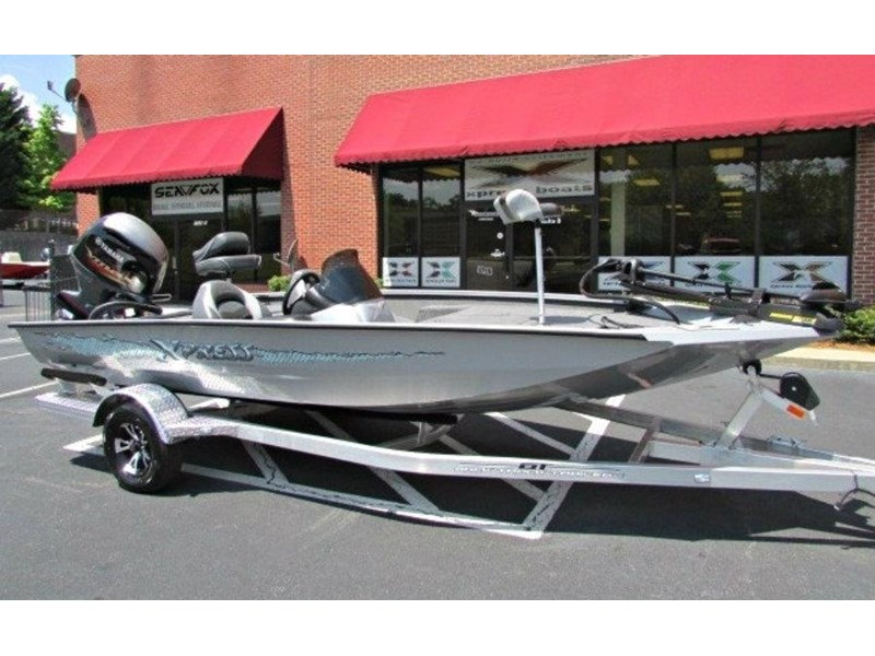xpress boats x18 pro tournament bass fishing boat 522389 001