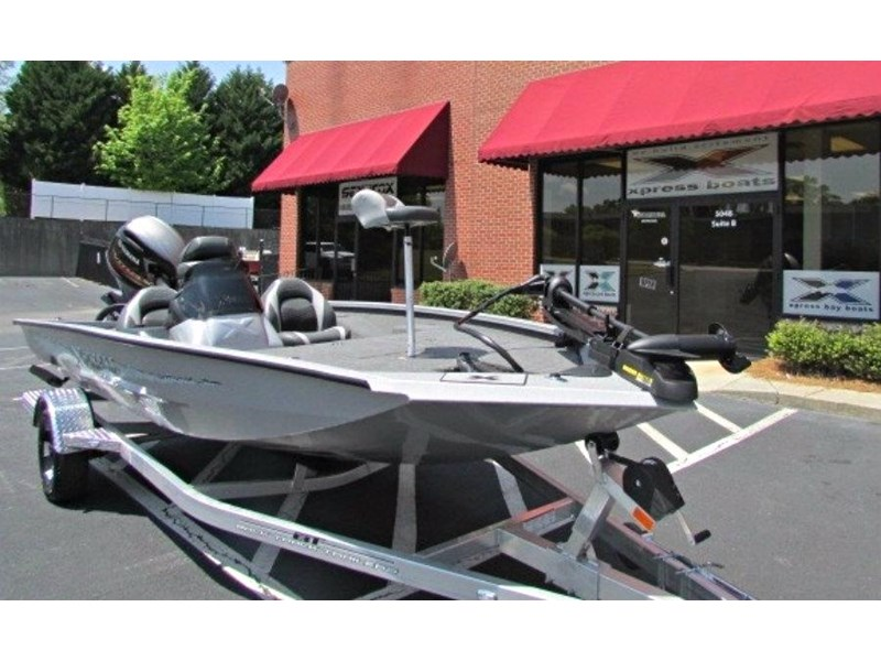 xpress boats x18 pro tournament bass fishing boat 522389 002