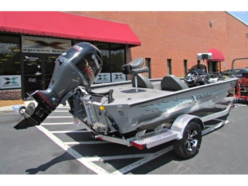 xpress boats x18 pro tournament bass fishing boat 522389 004