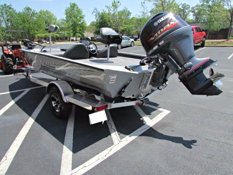 xpress boats x18 pro tournament bass fishing boat 522389 009