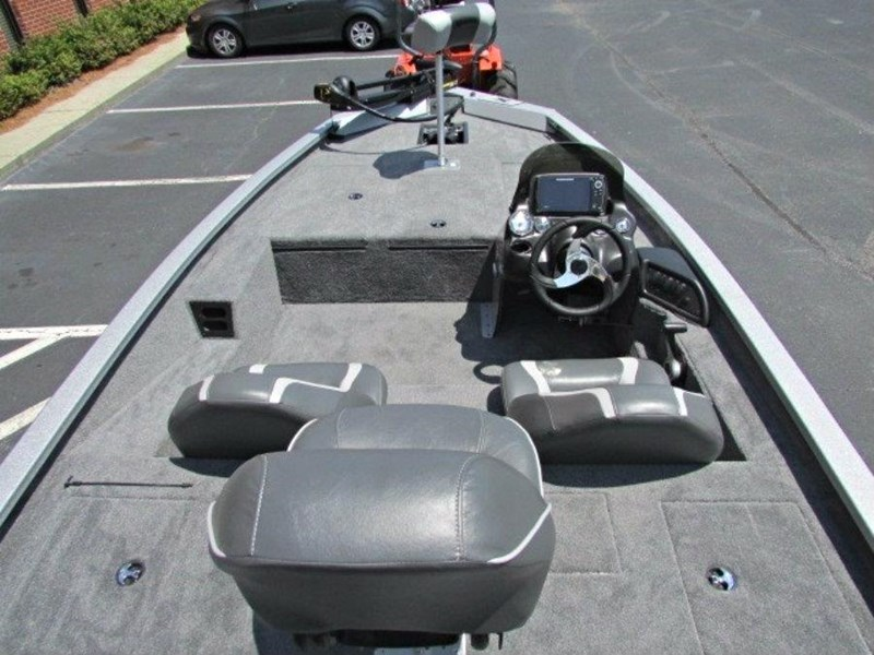xpress boats x18 pro tournament bass fishing boat 522389 014