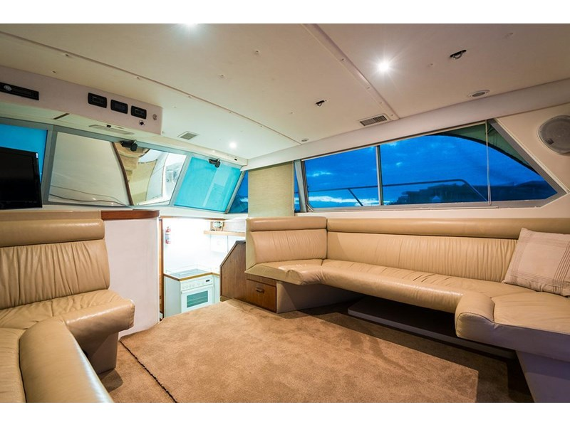 bertram 45' flybridge 523932 015