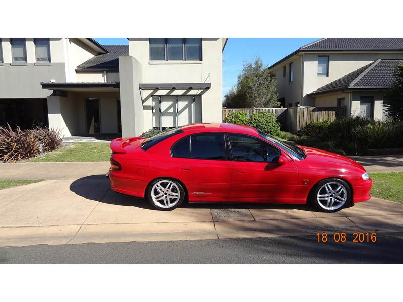 holden commodore ss 469204 005