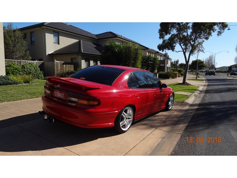 holden commodore ss 469204 004
