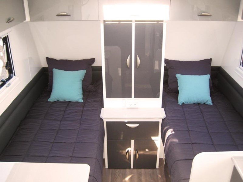 titanium southern star ss 19.6 single beds 530491 003