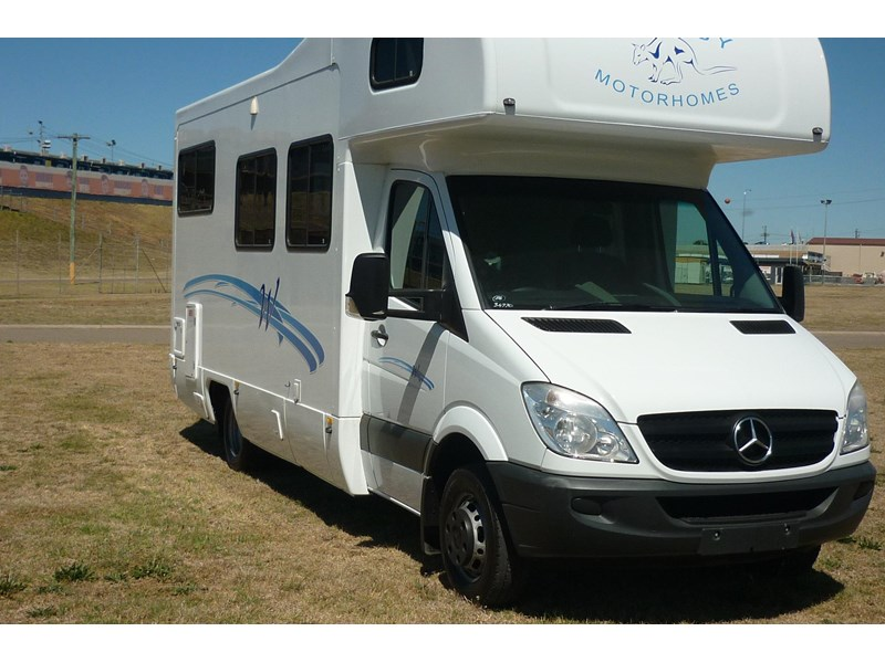 mercedes-benz sprinter- beach 417990 003