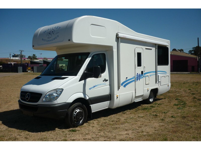 mercedes-benz sprinter- beach 417990 004