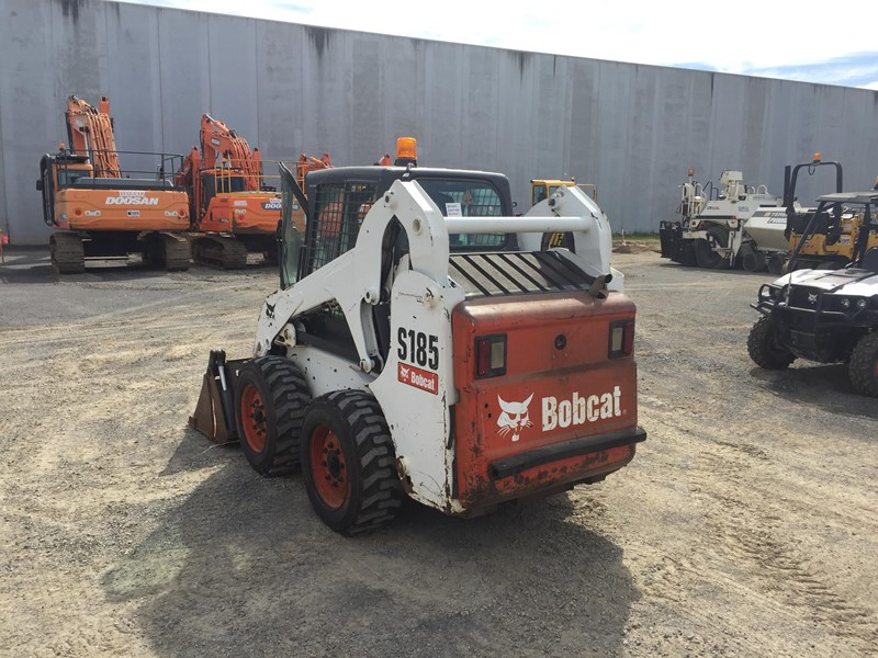 BOBCAT S185 for sale