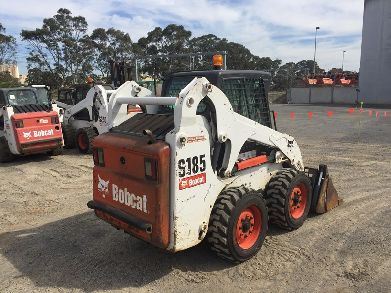 BOBCAT S185 for sale