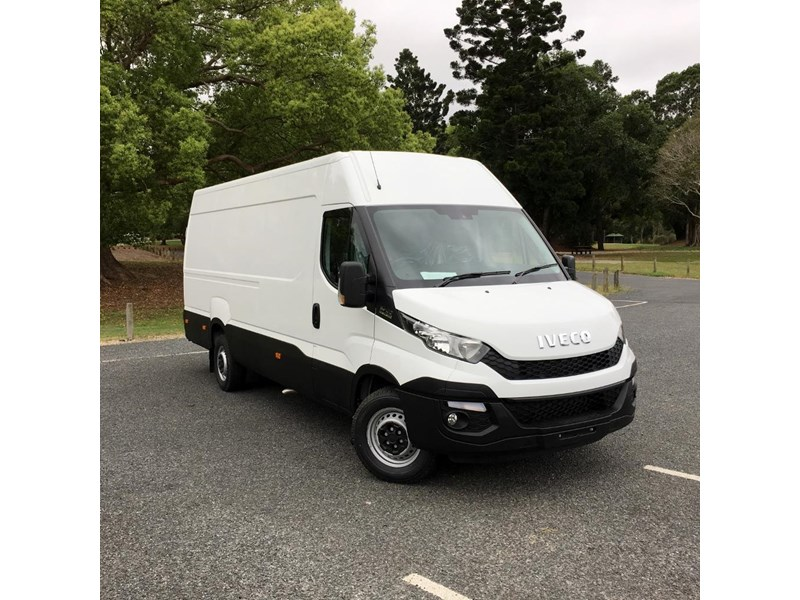 iveco daily 35s17a8 535536 005