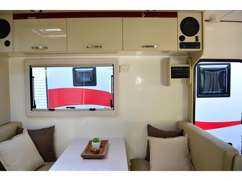 goldstar rv liberty tourer 489876 005