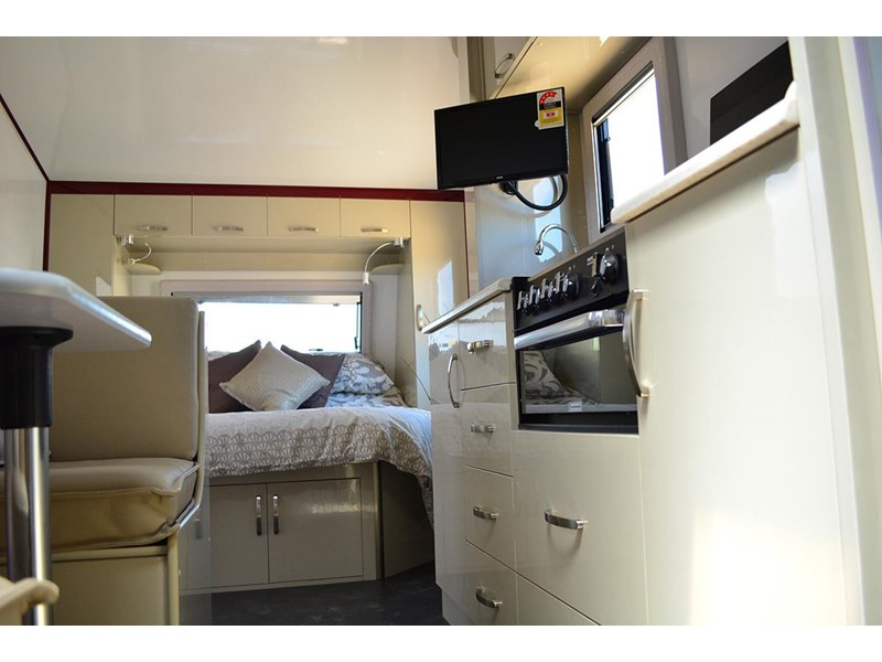 goldstar rv liberty tourer 489876 008
