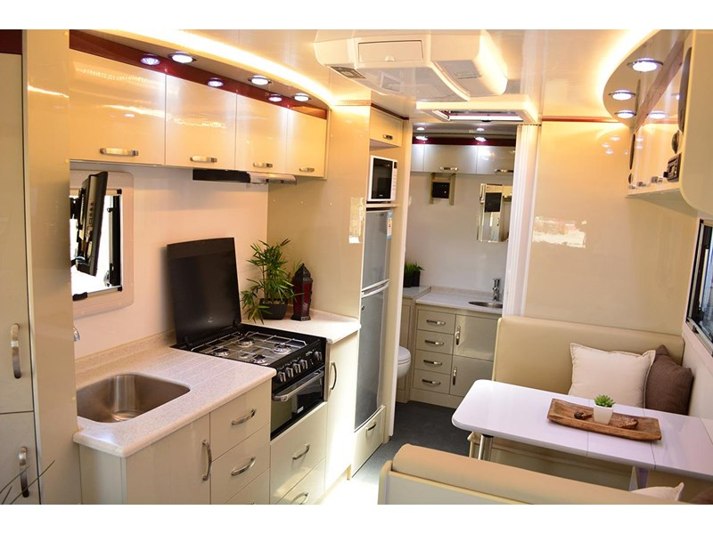goldstar rv liberty tourer 489876 012