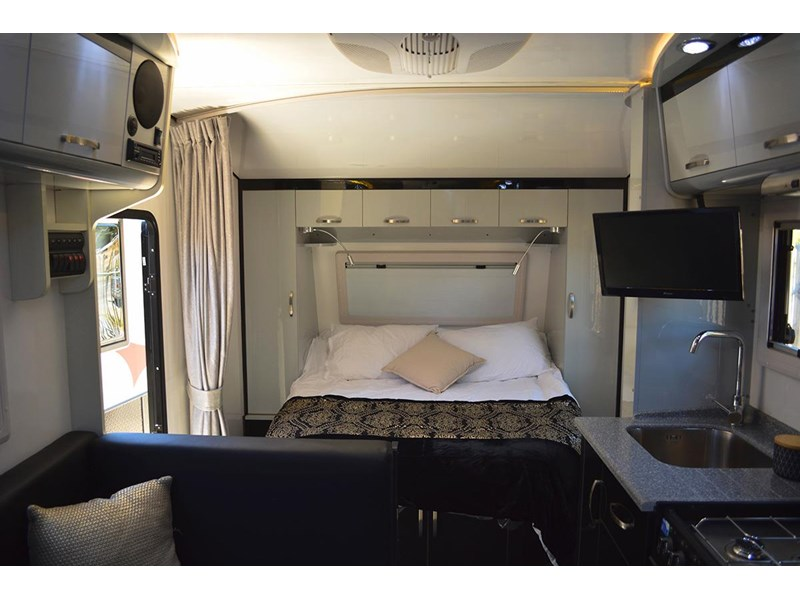 goldstar rv liberty tourer 489925 014