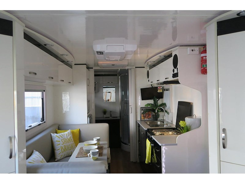 goldstar rv liberty tourer 480293 008