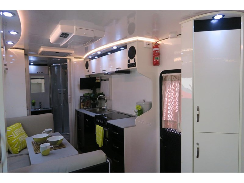 goldstar rv liberty tourer 480293 017