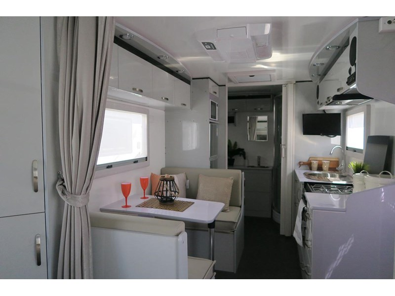 goldstar rv liberty tourer 489936 003