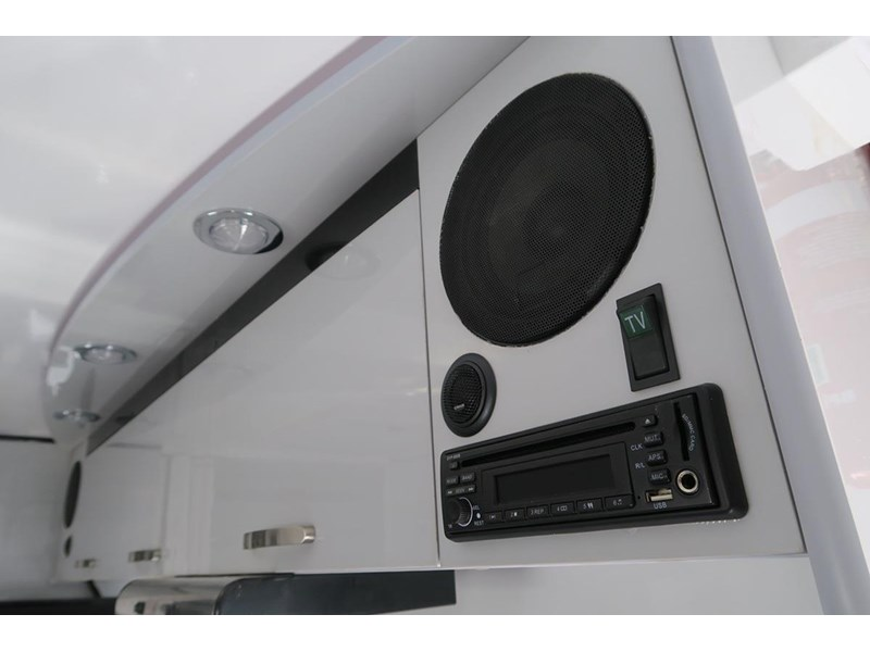 goldstar rv liberty tourer 489936 005