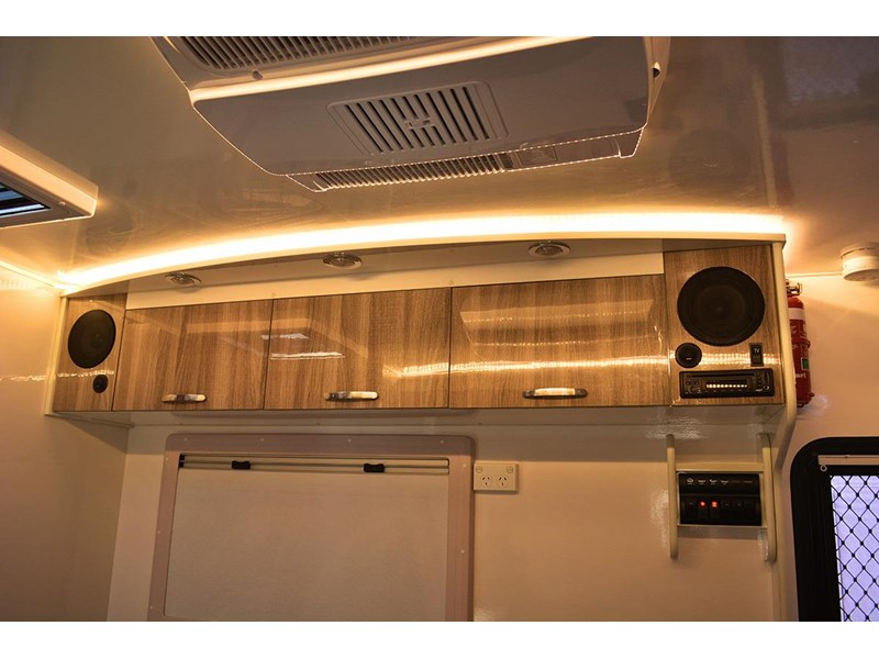 goldstar rv liberty tourer 489893 017
