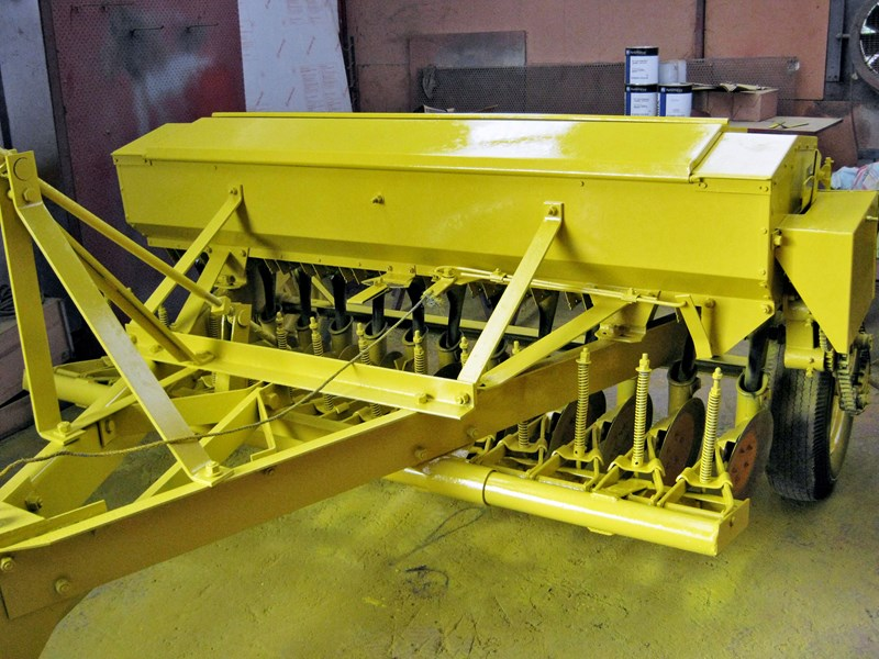 connor shea 14 row disc super seeder trailing 513327 002
