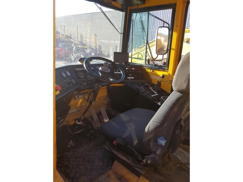 volvo a25c 542746 008