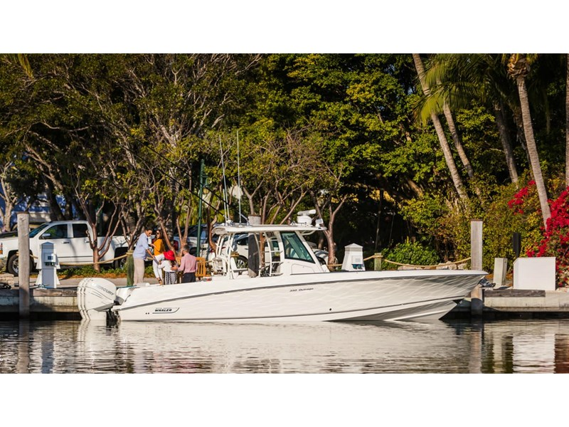 boston whaler 350 outrage 294252 006