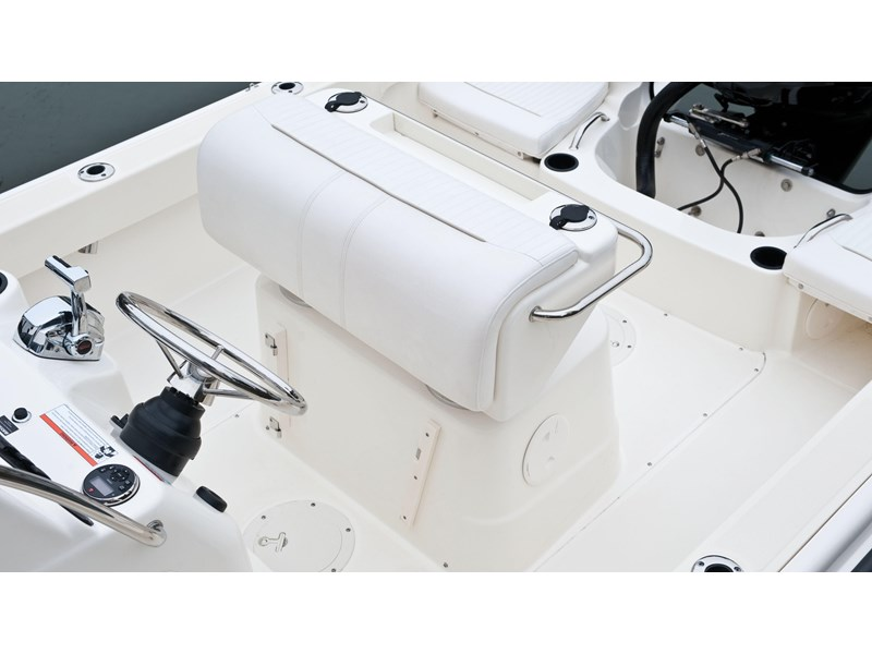 boston whaler 190 outrage 294225 012