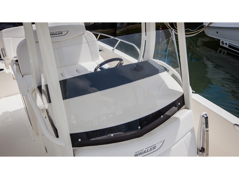 boston whaler 270 dauntless 294226 015