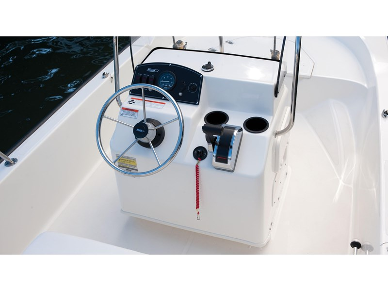 boston whaler 150 montauk 294227 017