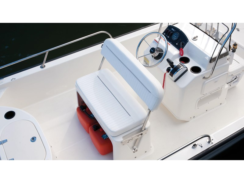 boston whaler 150 montauk 294227 016