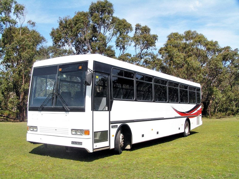 mercedes-benz coach aluminium body 543865 001