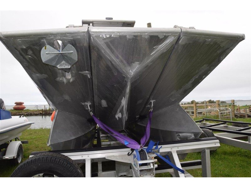 custom aluminium power catamaran 544133 013