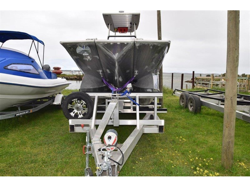 custom aluminium power catamaran 544133 006