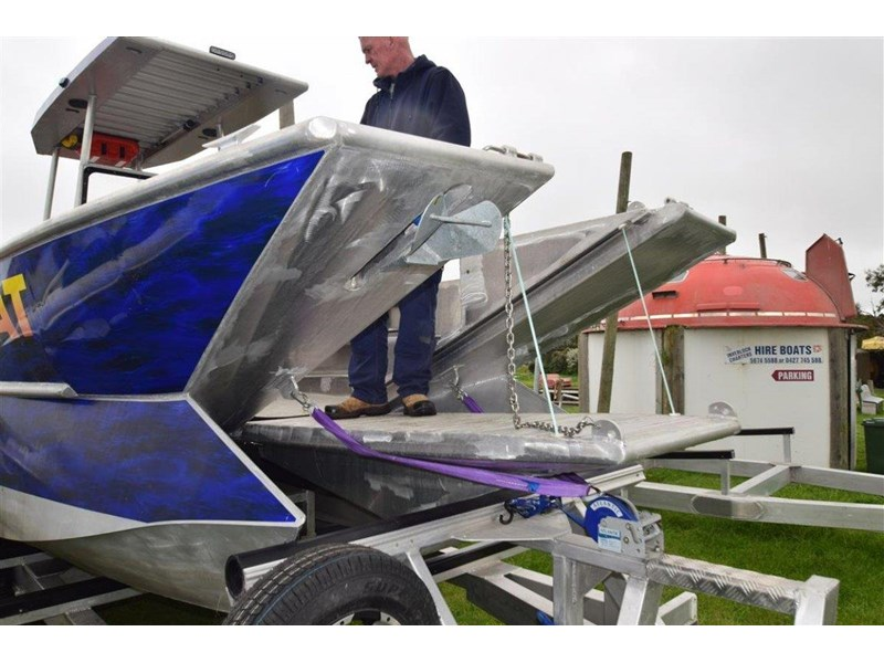 custom aluminium power catamaran 544133 004